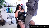 Thick Miami Mamma, Angelina Castro whips out he...