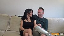 She wants to bang her friend-with-benefits whil...