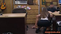 Phat ass brunette woman kneeled down and gives ...