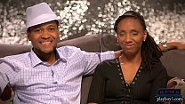 Outgoing black amateur couple look for a threesome partner صورة