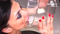 Brown-eyed bombshell Ashley Ocean is happy to s...