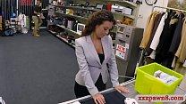 Nasty amateur brunette woman gives a blowjob an...