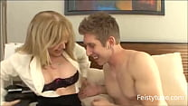 Watch Aunt catches nephew jerking_off-Feistytube.com preview