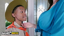 BANGBROS - Lil D Slangin' BBC All Up In These M...