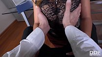 Leggy cum-addict hottie Frida Sante swallows cock under the table in the office's Thumb