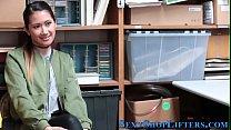 Asian teen shoplifter ram ภาพขนาดย่อ