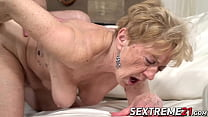 Old and young sex ends with cum in mouth