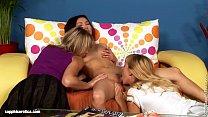 Threeway Delights sensual lesbian scene by SapphiX