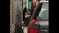 Mamada em público da novinha em.troca de R$20