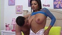 Alexis Silver nous montre ses beaux seins et tout le reste est fait pour nous les hommes - elle est très bonne baise ...'s Thumb