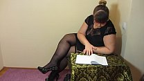 Break for masturbation. Fat teacher in stockings fucks a hairy pussy with a sex toy and makes a fisting to orgasm.'s Thumb