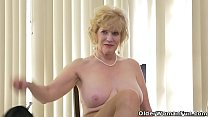 Blonde gilf Chery Leigh from Florida USA peels ...