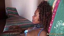 hot chocolade african fetish babe enjoys her fi...