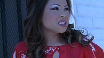 Ho trovato una ragazza asiatica che fa pompini e massaggi superbi