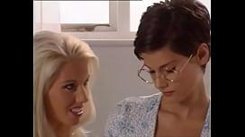 rebekah-teasdale-masturbates-hot-women-with-tongue-studs