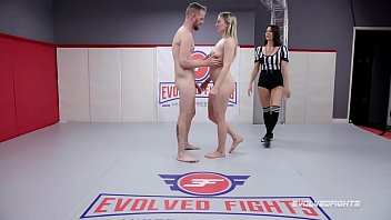 Riley Reyes nude sex fight vs Chad Diamond face sitting and getting fingered