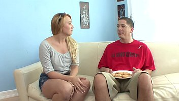 Longhaired blonde Kaylee Evans was scored by horny dude