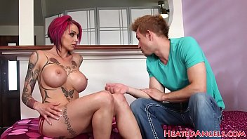 Inked emo milf gets her tight cunt pounded