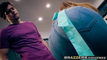 Brazzers - Mommy Got Boobs - (Kianna Dior, Alex D) - Trailer preview