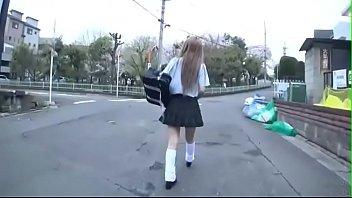 エロ目線でしか見れない高生が援助交際でおっさんの臭いチンポを必死で咥えるの校生系動画