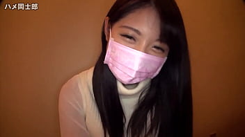 健康的なピチピチ女子高生がデカチンに跨って慣れない腰振りでご奉仕の美少女動画