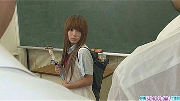 JKリフレ女子校生がケツを突き出しておっさんの生チンポに喘ぐの美少女動画