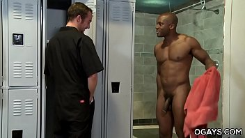 Hungry Interracial Gay Gets Dirty