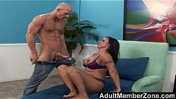 AdultMemberZone - Covering Mariah Milano's Feet in Jizz