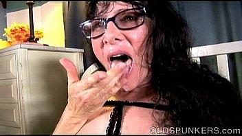 Tasty old spunker Tammy enjoys a sticky facial cumshot