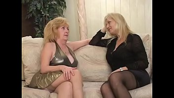 beautiful amateur mature fucked in stockings
