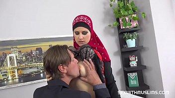 Sexy muslim milf fucked hard