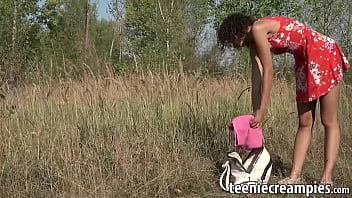 18yo vixen engages in outdoor dildo solo