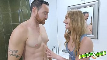 Teen stumbles upon friends dad and seduced him!