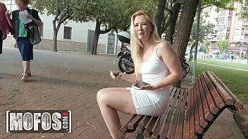 MOFOS - Publick Pickups - Barcelona Booty