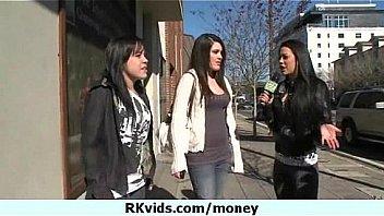 Teen girls in El Porvenir