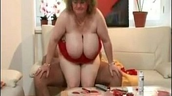 Saggy tits mom with giant areolae gets fucked
