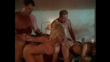 hot sexy blonde flotter dreier porno