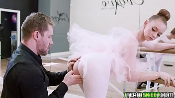 Becoming a world class ballerina is not easy especially when you are as easily distracted!