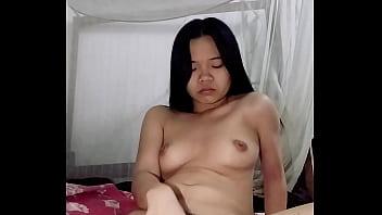 Watch 学生母狗戴婉晴自慰 preview