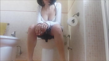 erotically pee: my mom is so beautiful that i spy on her even while she is on the toilet