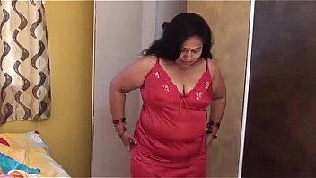 Sexy aunty without dress