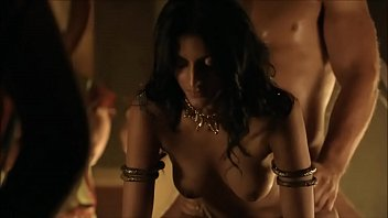 Are the sex scenes in spartacus real
