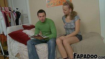 18yo Blonde Blowing Her Boyfriend
