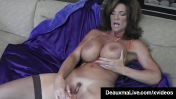 Big Titted Texas MILF Deauxma Squirting