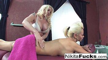 blond tos elsker fisse