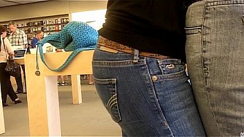 sexy girls butt in jeans