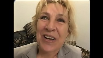 Blonde mature whore takes two massive dicks in her asshole and mouth