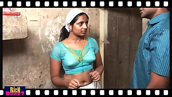 Mallu hot deep Navel Show