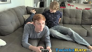 Twink stunner barebacked before facial