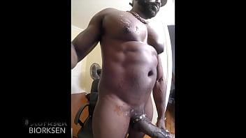 BIG BLACK MEN AND THIS COCK